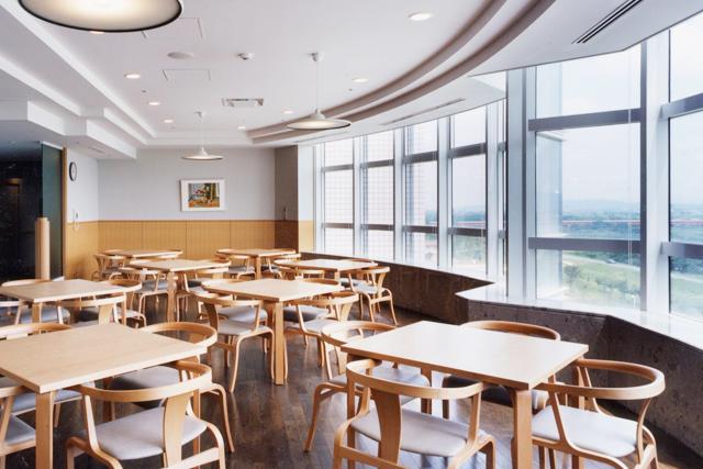 【写真】入院棟デイルーム・食堂